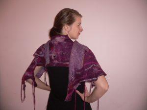 wearable-art-shawl-purple-p1140449
